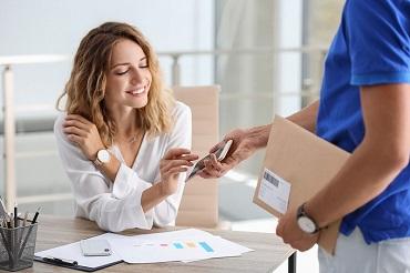 ecommerce-delivery-dubai-uae